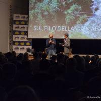 """(da sx): Marco Mazzoleni e Paolo Confalonieri durante la serata """"Sul filo della Via Mala"""" a cura di Orobie."""