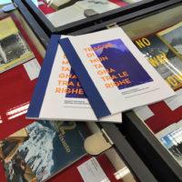 """Mostra """"Tracce di montagna tra le righe. Grandi imprese del '900"""" realizzata con SBM e CAI Milano. Particolare della mostra sul K2 presso la Biblioteca Sormani di Milano"""