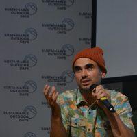 Sustainable Outdoor Days a BASE | Mattia Fogliani, regista insieme a Filippo Delzanno, durante la premiere del loro film Fromthealpstothesea